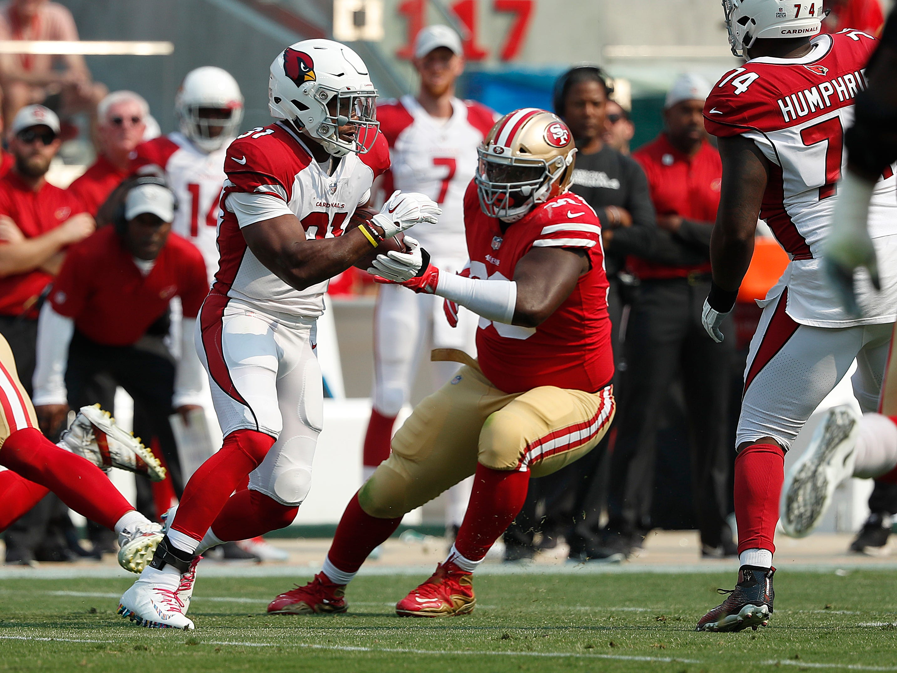 Arizona Cardinals running back David Johnson (31) runs against the San Francisco 49ers during the first half of an NFL football game in Santa Clara, Calif., Sunday, Oct. 7, 2018.