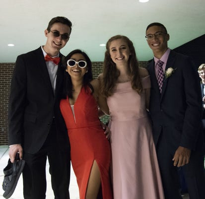 Ydr Lv 100618 Dallastownhomecoming