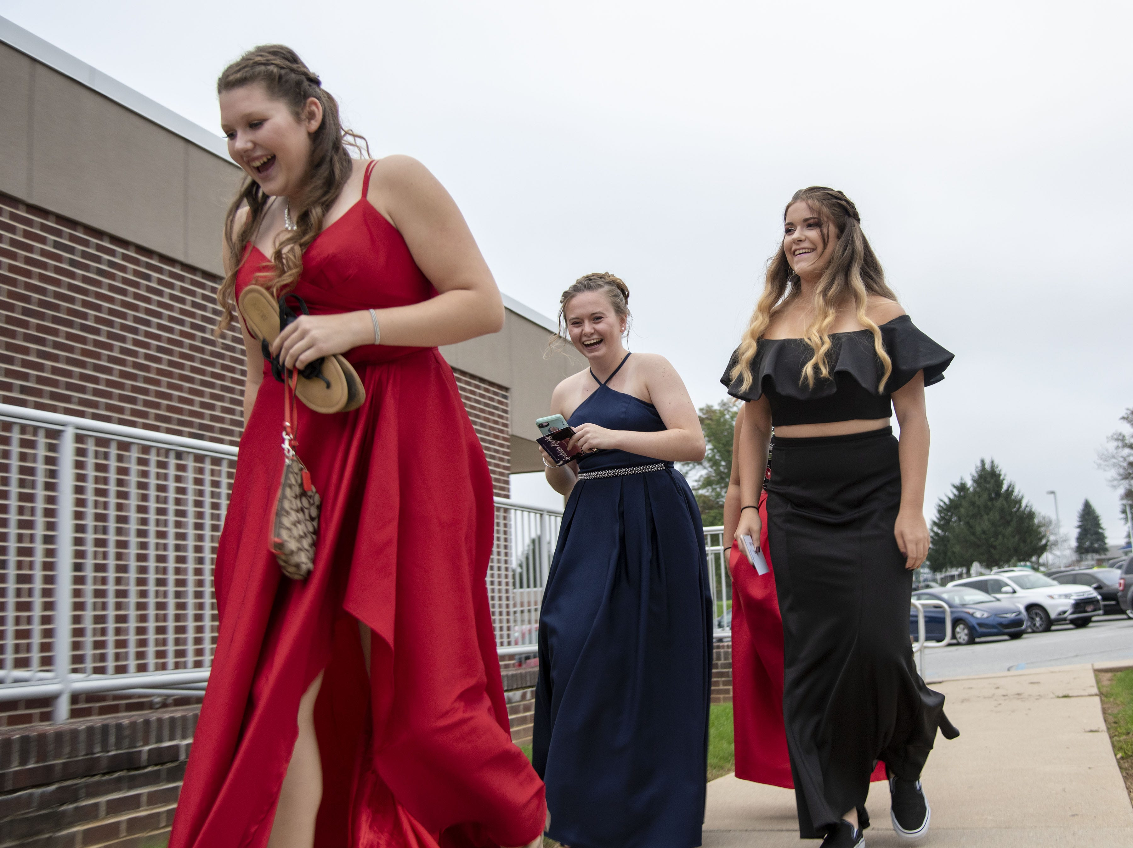 Students attend to their 2018 High School homecoming dance on Saturday, Oct. 06, 2018.