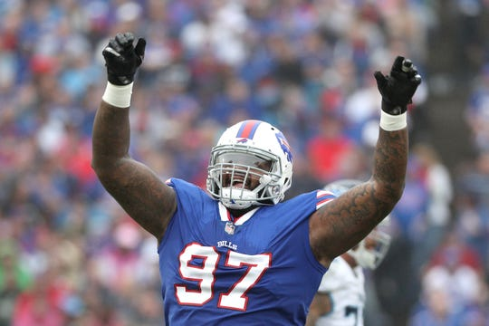 Bills Jordan Phillips gets the crowd excited in a 13-12 win over the Titans.
