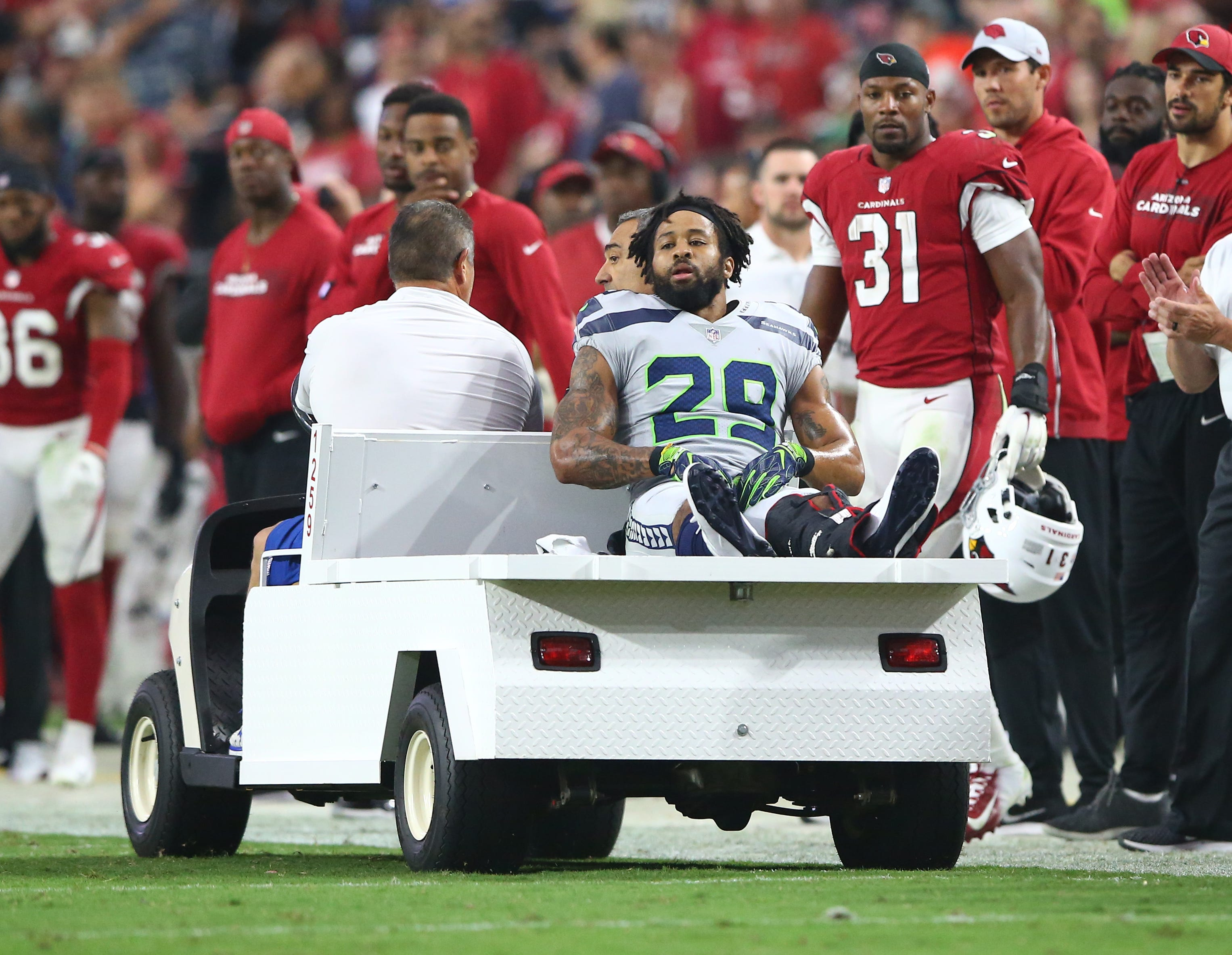 Report: Seahawks' Earl Thomas fined by NFL for obscene gesture toward sideline after injury