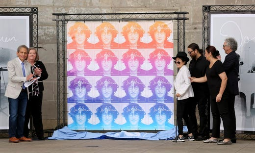 John Lennon: Yoko Ono ...