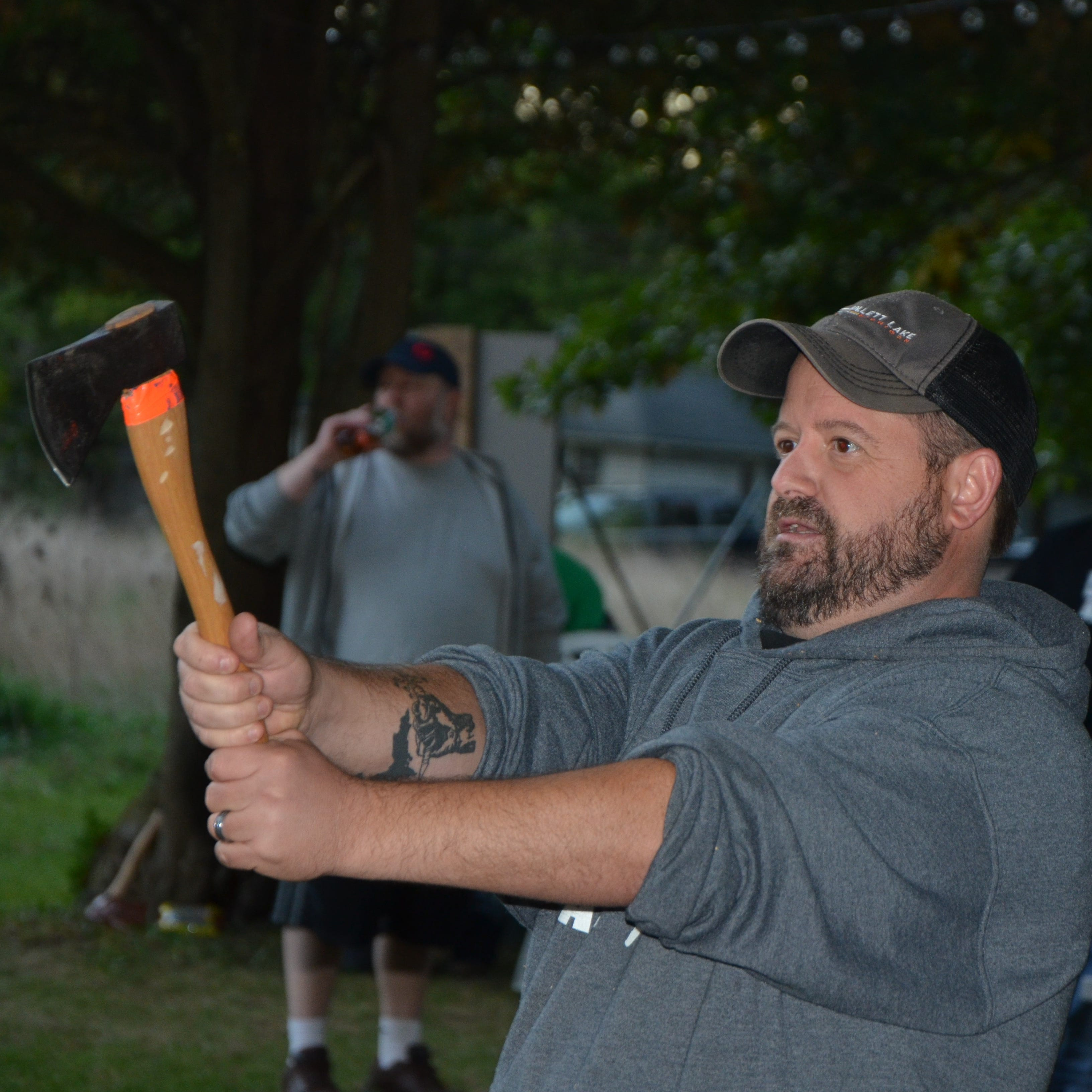 Ax-throwing club takes aim in Battle Creek