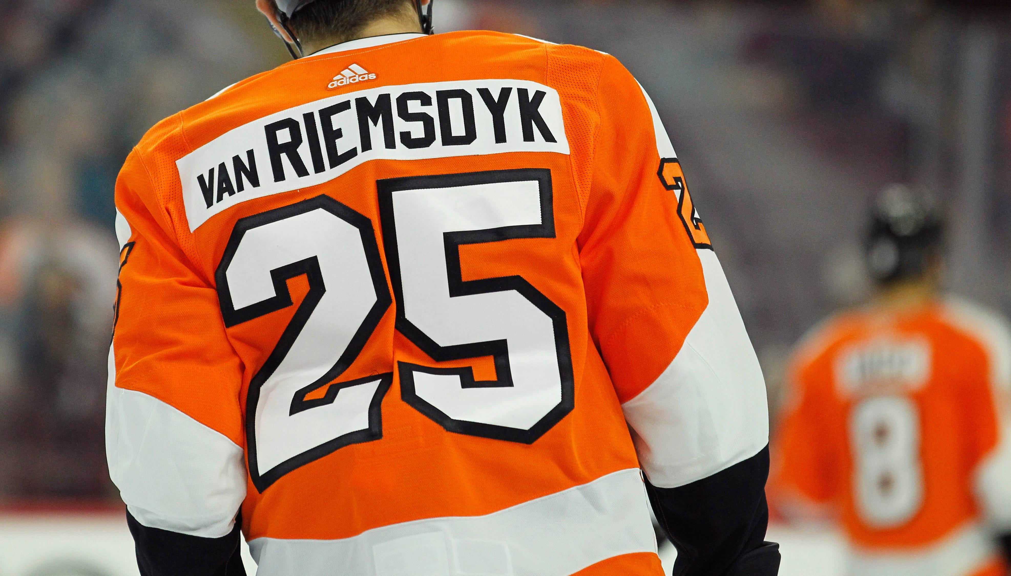 Flyers' James van Riemsdyk out 5-6 weeks, Jordan Weal first up to replace him