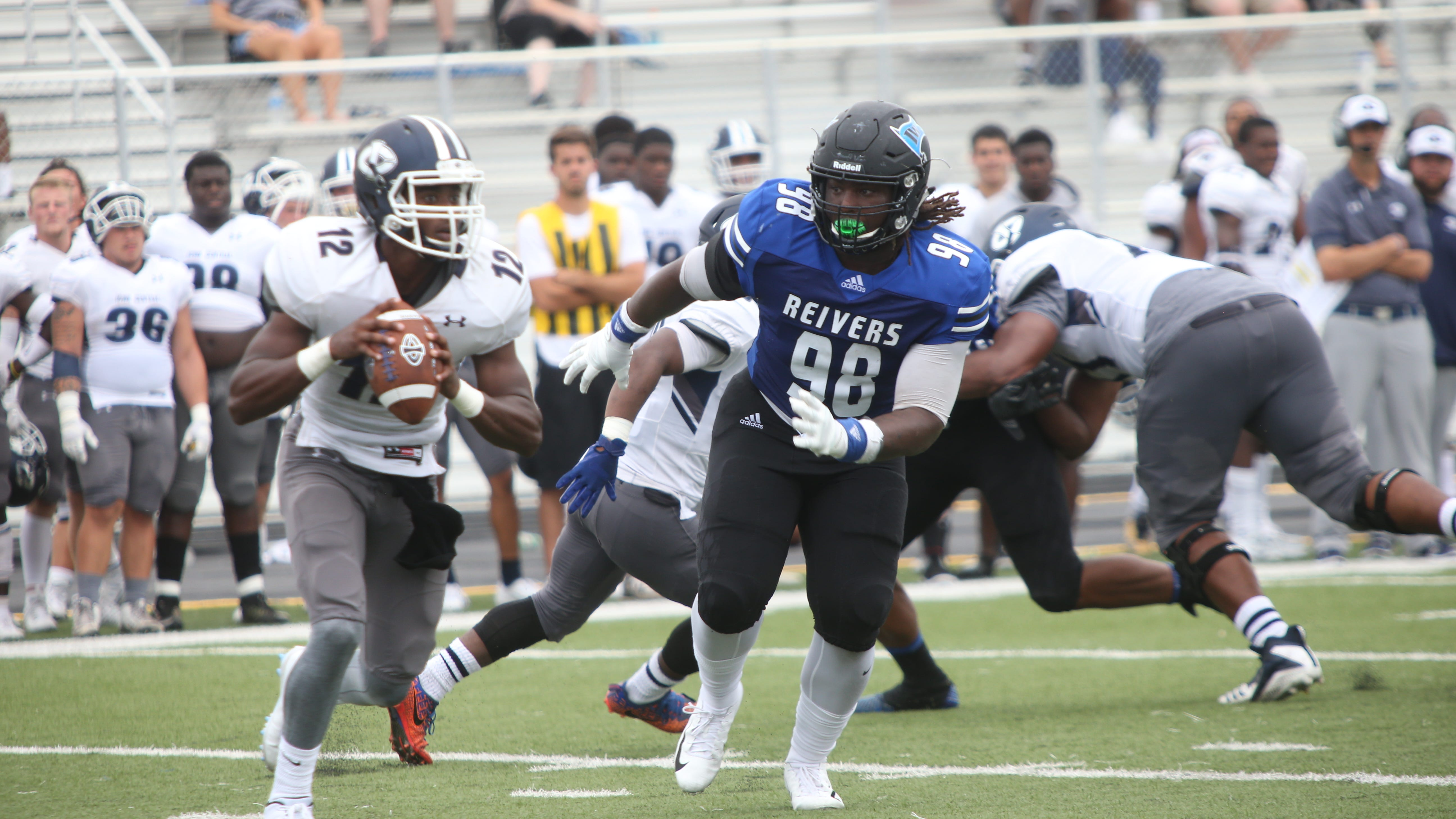 Iowa Western defensive tackle Atlias Bell (98) is receiving recruiting interest from Iowa and Iowa State, among others.