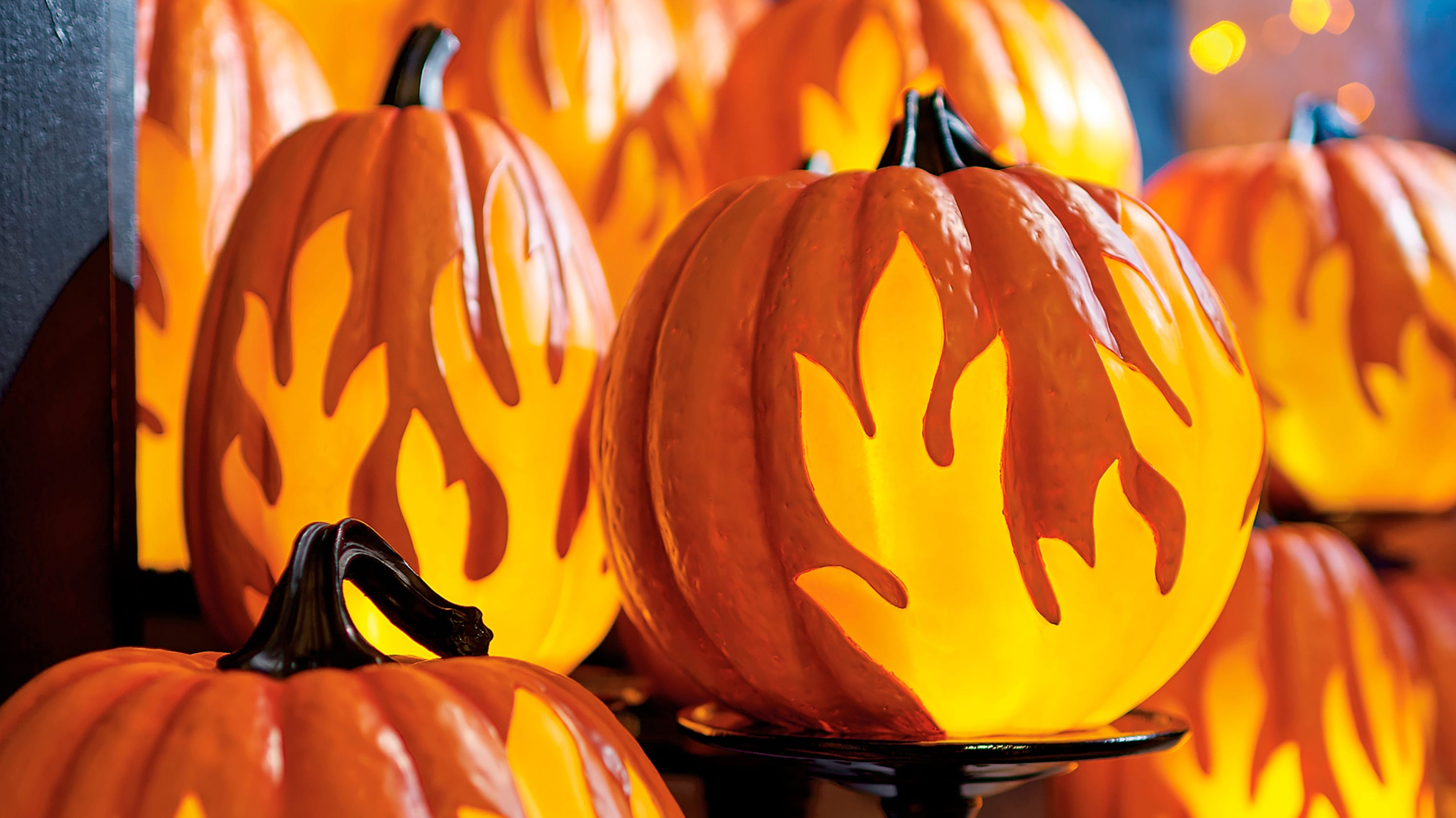 Spooktacular Decor Arrives As Halloween Popularity Booms Thread Realistic Electric Flickering Pillar Candles