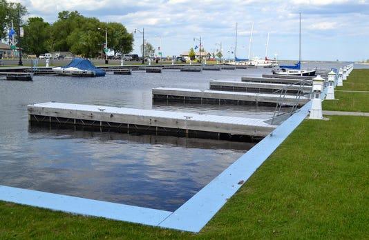Oconto Harbor 4255