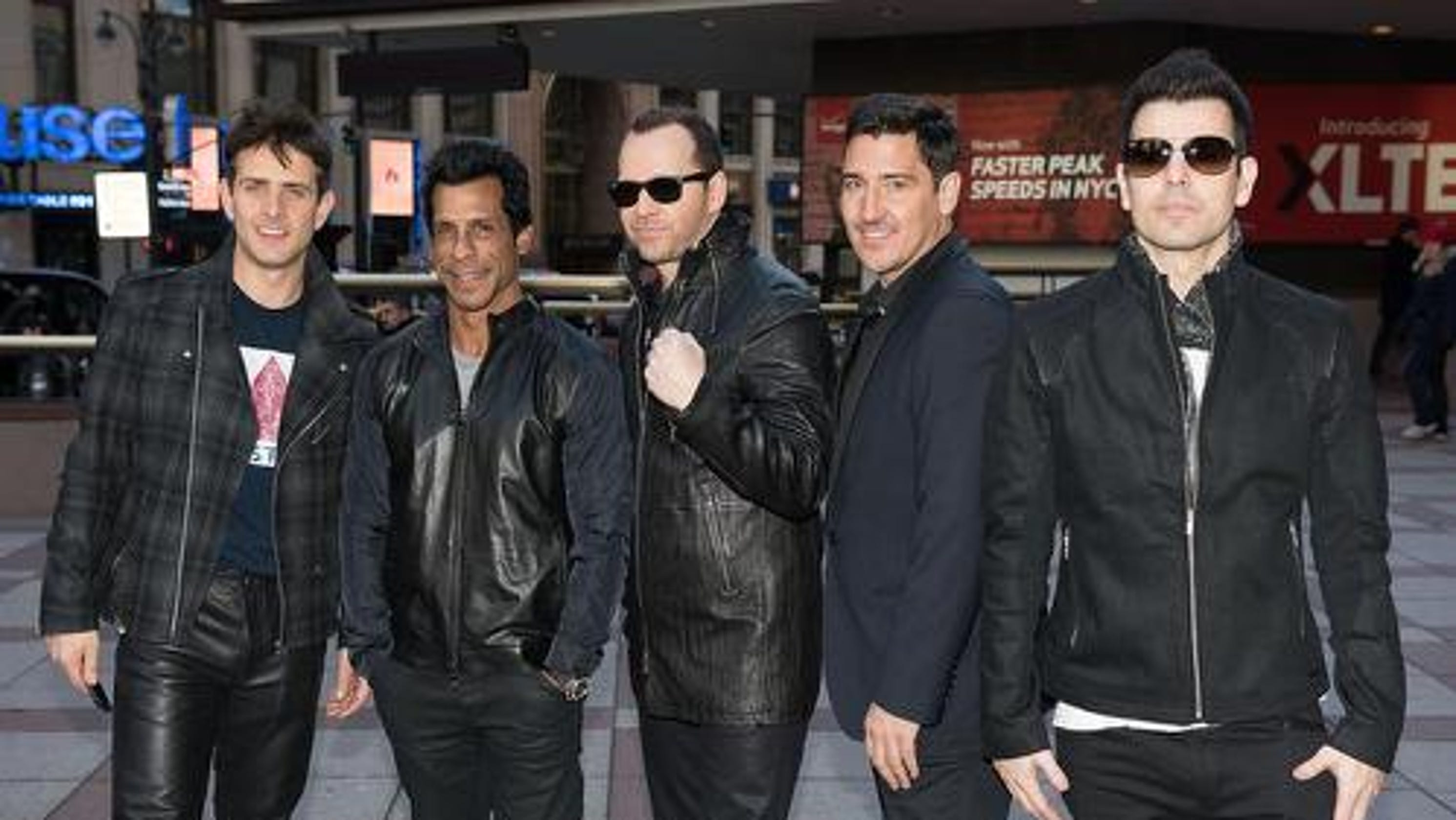 New Kids On The Block Bring Mix Tape Tour To Greenville - Talking stick resort car show