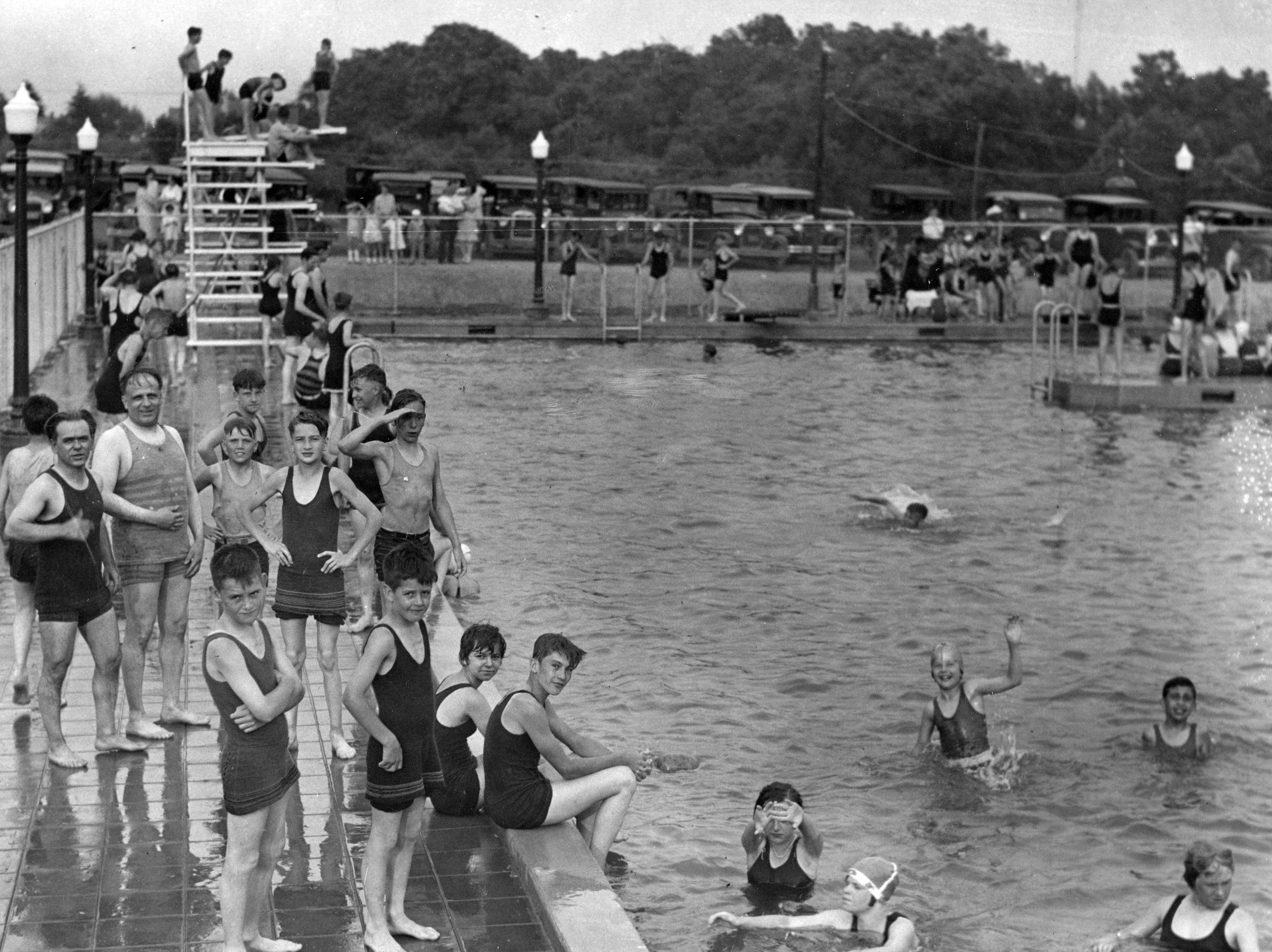Ellenberger Park pool drew swimmers in 1929. Styles have changed, but swimming remains popular.