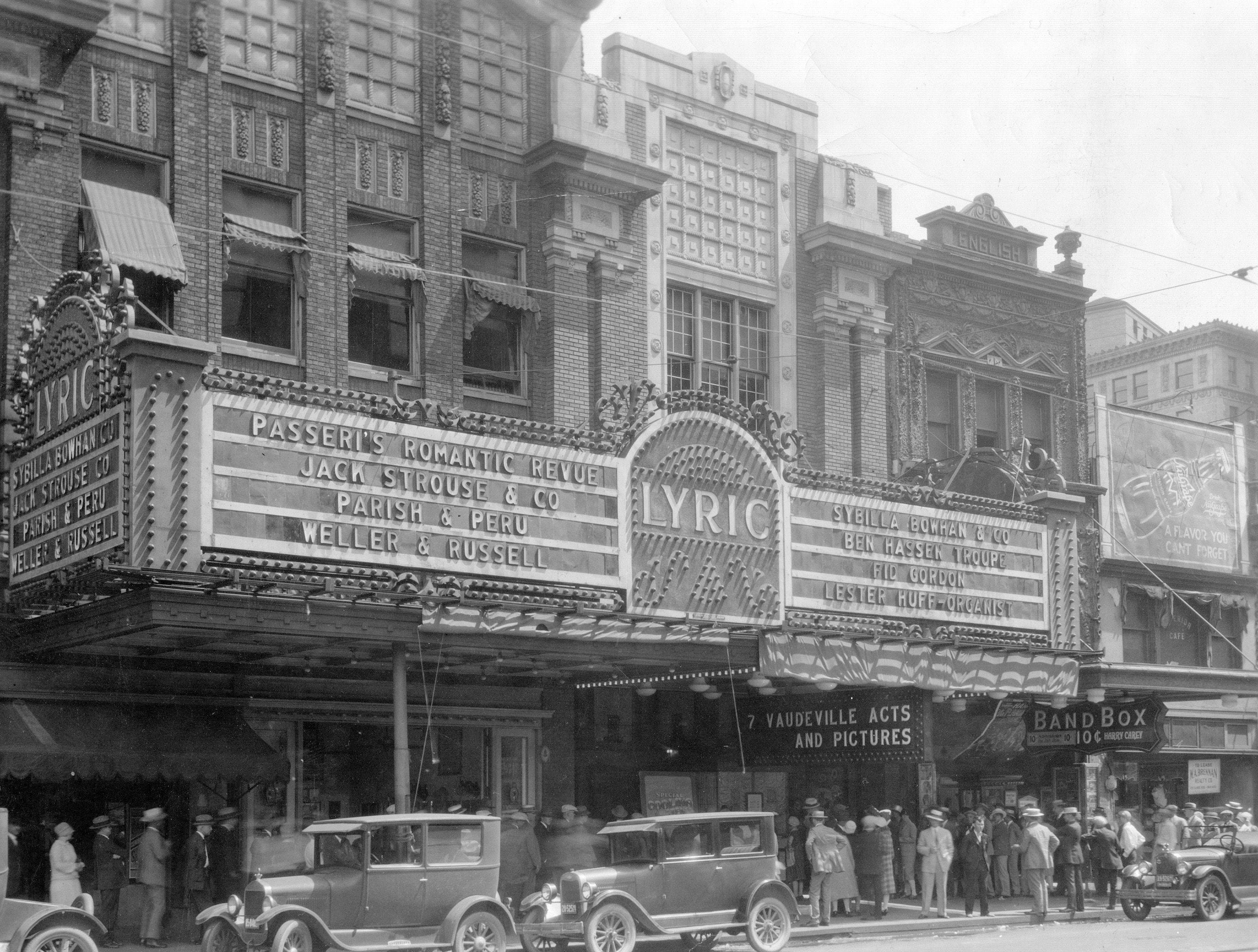 The Lyric Theatre at 135 N. Illinois St. in 1927.