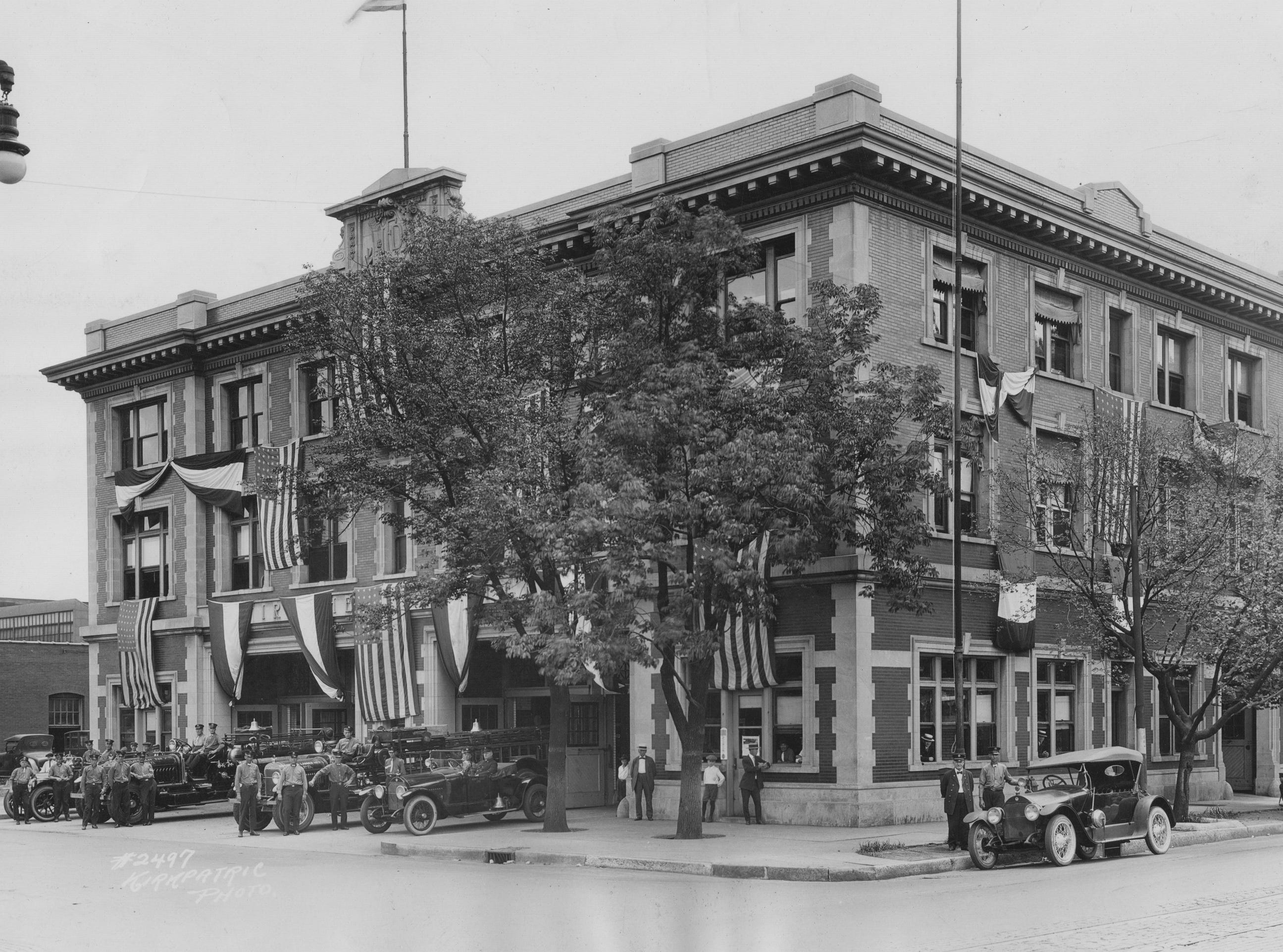 Indianapolis Fire Department Station 7 and Fire Headquarters, at the corner of New York and Alabama Streets, July 24, 1922. The building opened at 301 East New York Street February 1914.  It was closed as a fire station June 1, 1979.