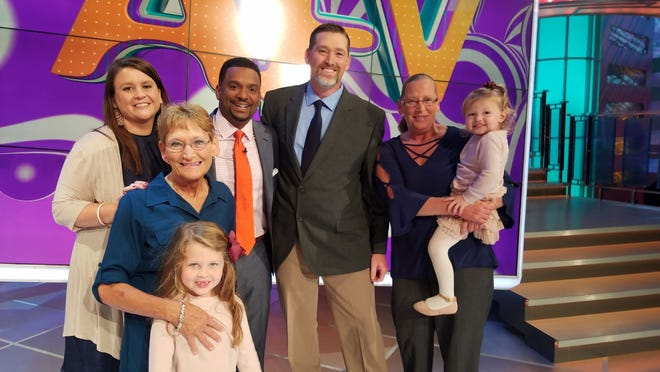 "A Knoxville family submitted a video to ""America's Funniest Home Videos"" and will appear on an upcoming episode. From left are Tonya McDonald, Martha McDonald, Kailey McDonald, host Alfonso Ribeiro, Jimmy McDonald, Karen Lee and Addilyn McDonald."