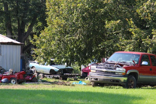 Marion officials have proposed changes to the city code that would stiffen penalties for junk cars.