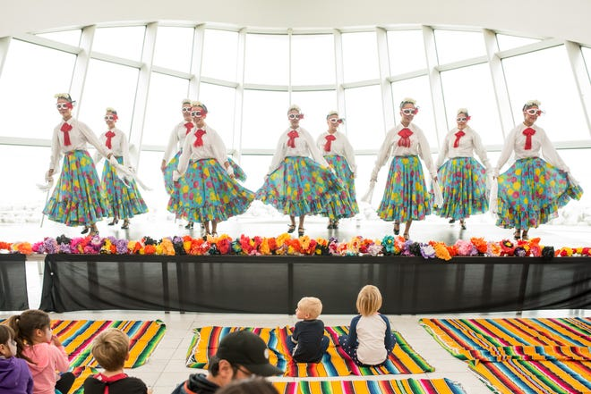 Dancers will be part of the festivities at the Milwaukee Art Museum's Dia de los Muertos celebration.