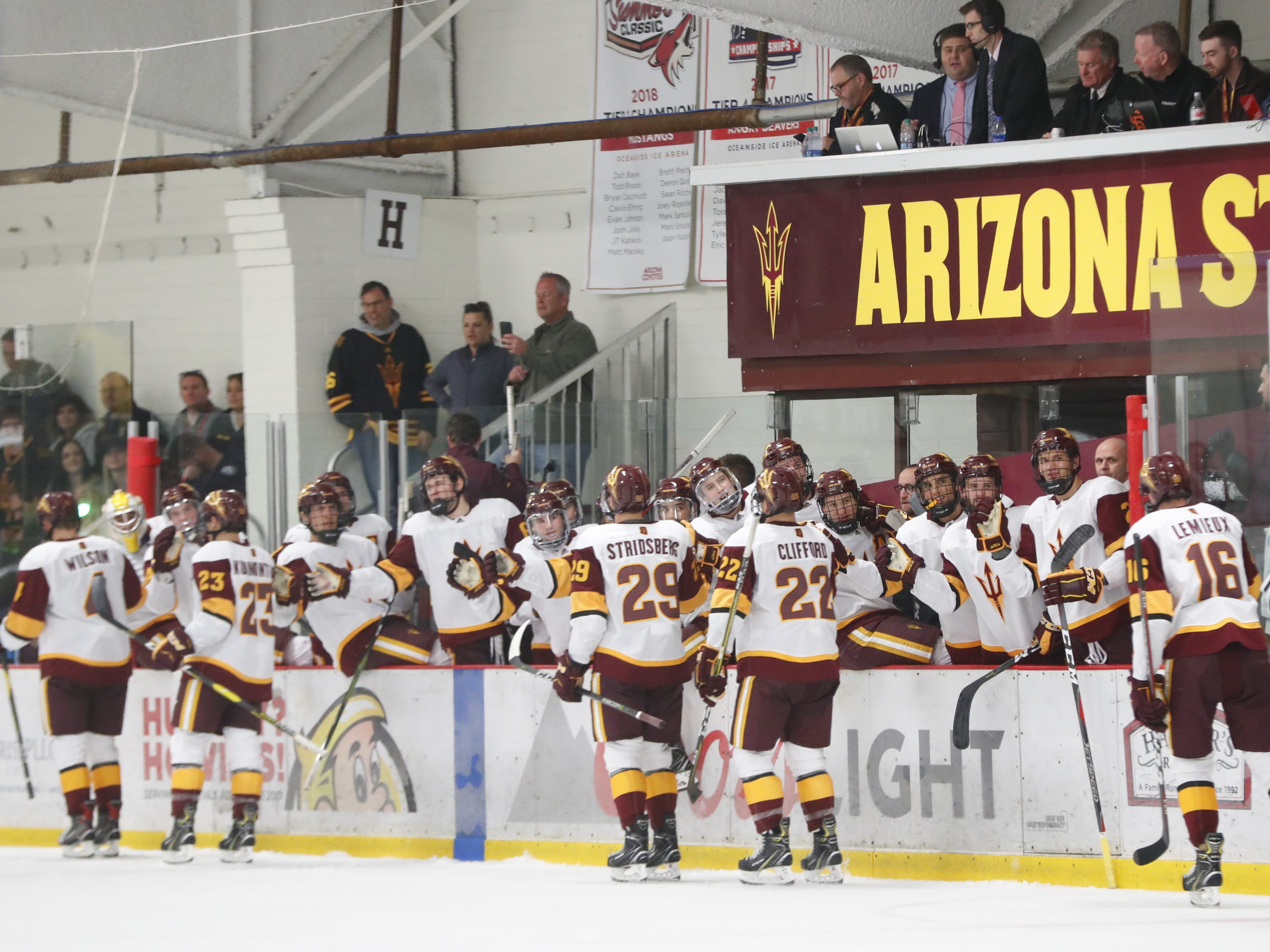 ASU celebrates a goal against Alaska at Oceanside Ice Arena in Tempe, Ariz. on October 7, 2018. FILE PHOTO