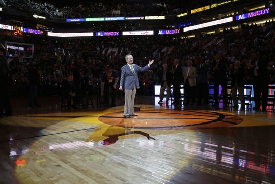 Al McCoy is inducted into the Suns' Ring of Honor on March 3, 2017.
