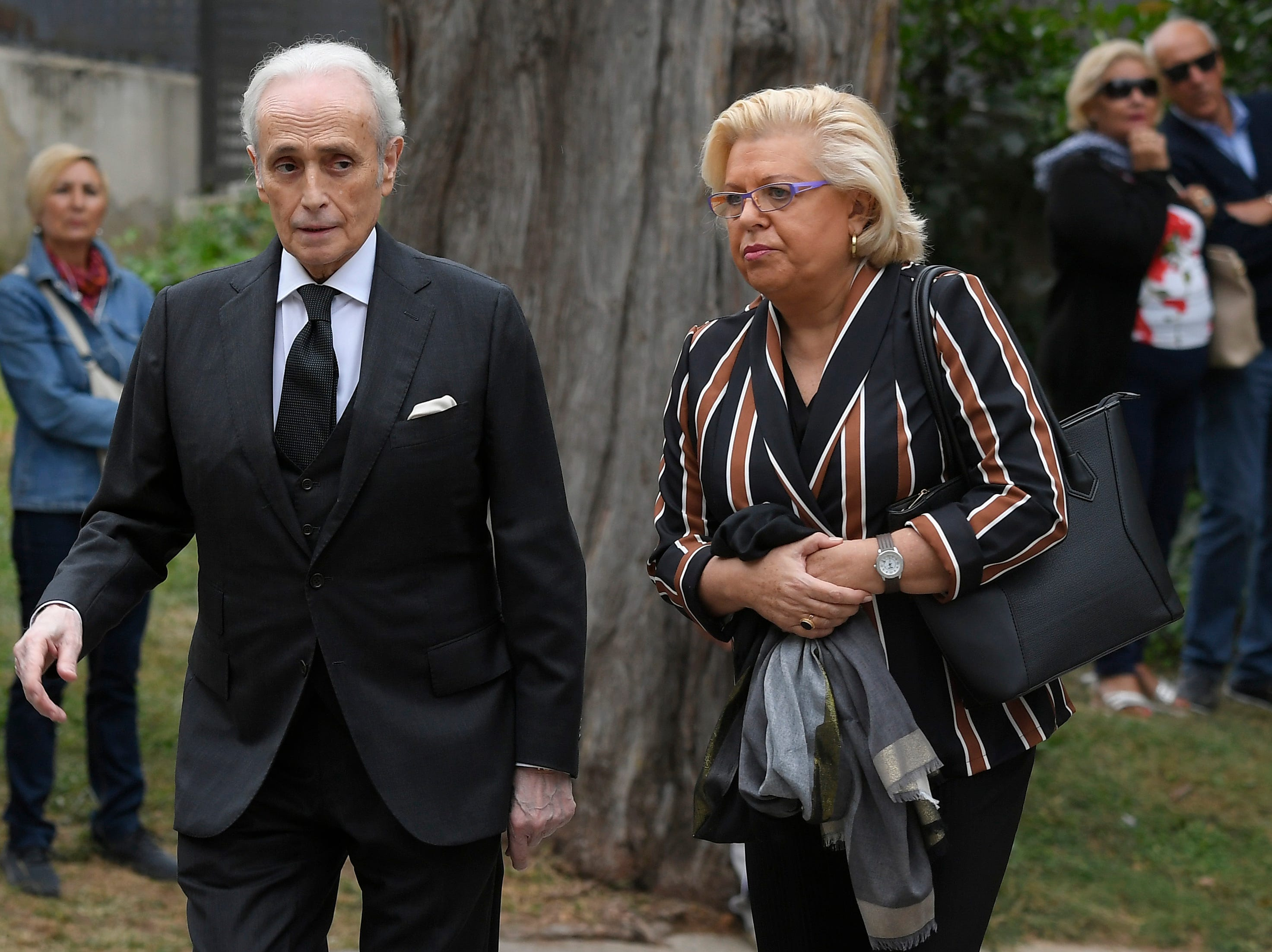 Spanish tenor Jose Carreras arrives to attend the funeral for Spanish opera singer Montserrat Caballe in Barcelona on Oct. 8, 2018.