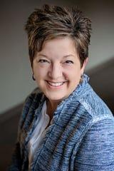 Karen Lundquist