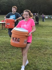 Maclay students helped at the Angel Wingz 5K Run.