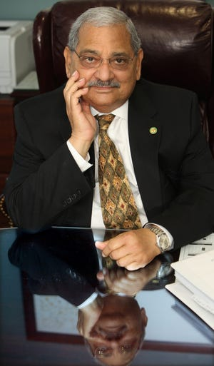 After 20 years, Leon County Administrator Parwez Alam retired in 2011 and died Oct. 7 at age 73.