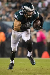 Eagles tight end Zach Ertz needs seven receptions to break the team's record for catches in a season, set by Brian Westbrook with 90 in 2007.