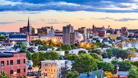 21 Maine Portland Sean Pavone Shutterstock 523401715 848x477