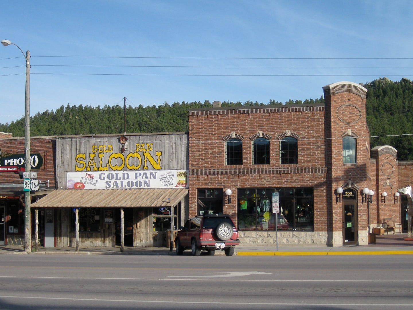 South Dakota: For an adventurous weekend getaway, head to Custer, which is located on the edge of Custer State Park. Whether your thrill of choice is rock climbing or hiking, you can do that here. There are also many lodging, dining, family fun and shopping options in the area as well. The cheapest time to visit the state of South Dakota is June, so keep that in mind when planning your weekend getaway. Sylvan Rocks Discover Climbing Adventure (Half-Day Group Climbing): $94 per person for parties of two or more.