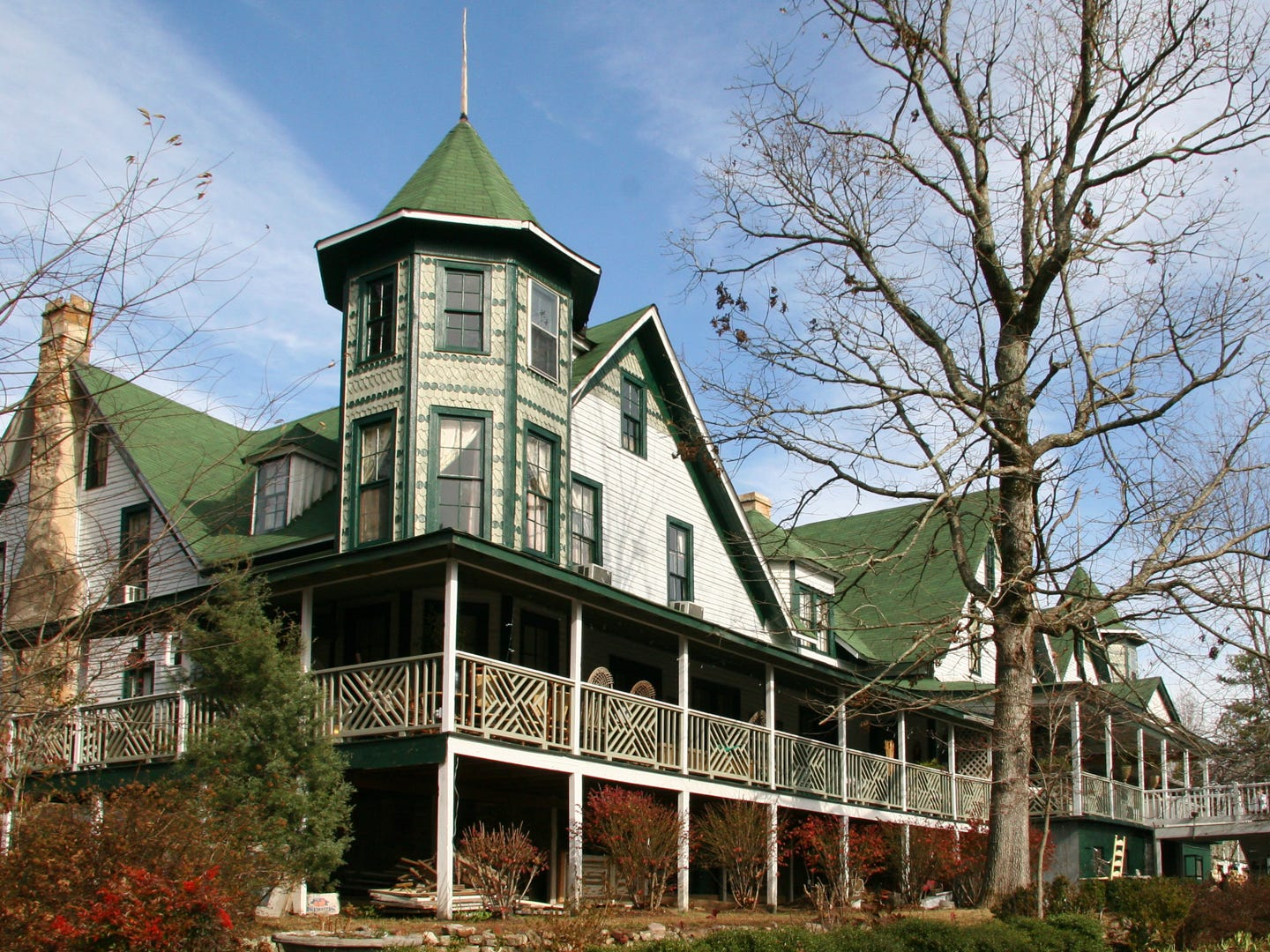 Alabama: For a quiet escape, head to Mentone, a picturesque mountain town located in northeast Alabama. Outdoor enthusiasts can hike in DeSoto State Park, kayak in Little River Falls or ski at the Cloudmont Ski and Golf Resort, depending on the time of year. If strolling and shopping are more your scene, there are plenty of shops to explore in downtown Mentone. And no visit is complete without a stop at the quaint Wildflower Cafe, which is best known for their tomato pie. If you're flying in from out of state, plan a trip for September, which is the cheapest time to visit the state of Alabama. Wildflower's Famous Tomato Pie: $5.