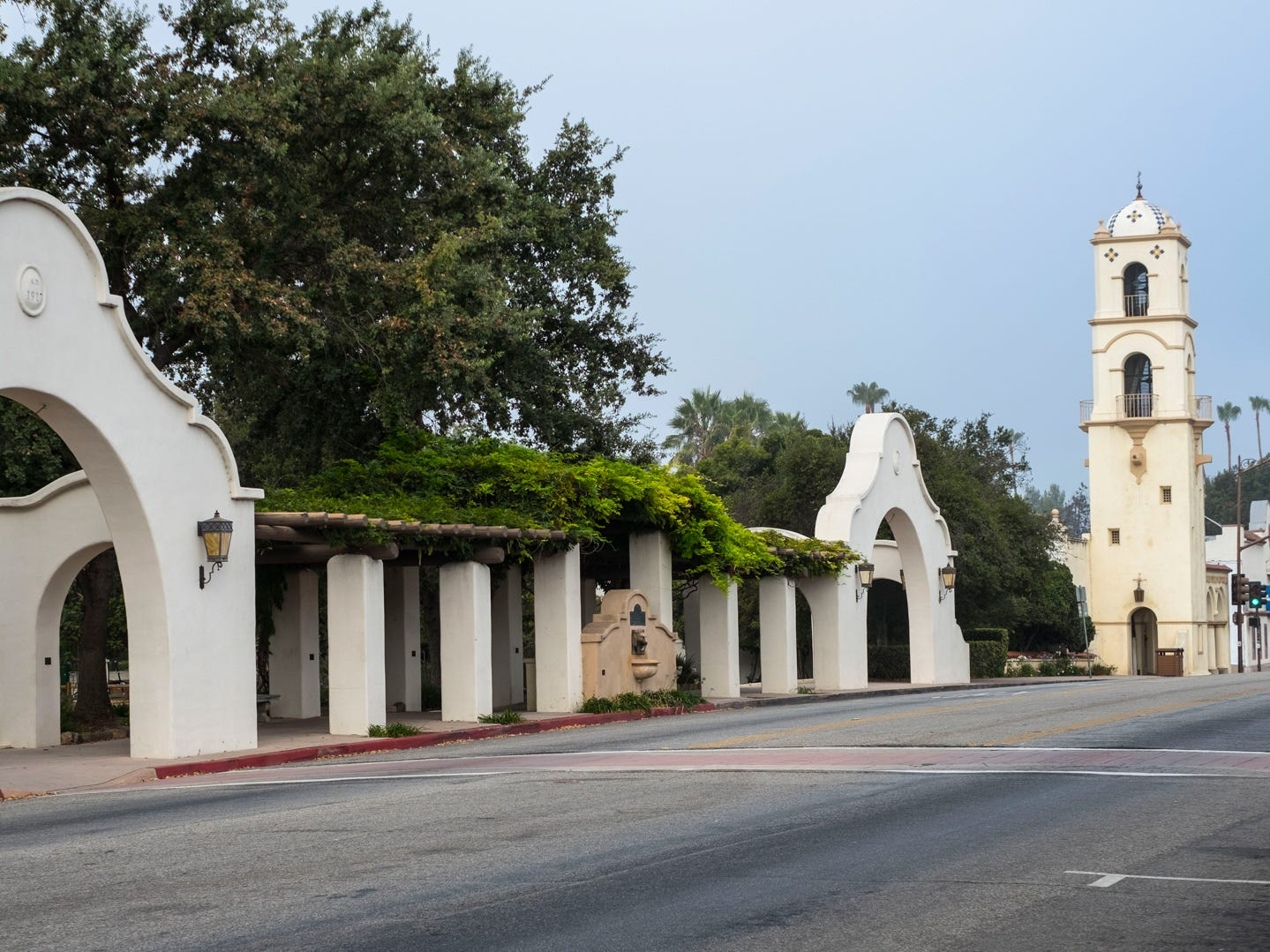 California: Ojai is located within driving distance of the chaos of Los Angeles, but they feel worlds apart. If you love hiking, biking and wine, this pastoral town is the perfect weekend getaway. Explore the trails at the nearby Los Padres National Forest, and then relax with a glass of wine at one of the numerous tasting rooms serving up locally made wines that are dotted along the town's main drag. Ojai also has a Mediterranean climate, so you can also enjoy some olive oil tasting — which is one of the free things to do in California. Ojai Olive Oil Company Tours and Tastings: Free.