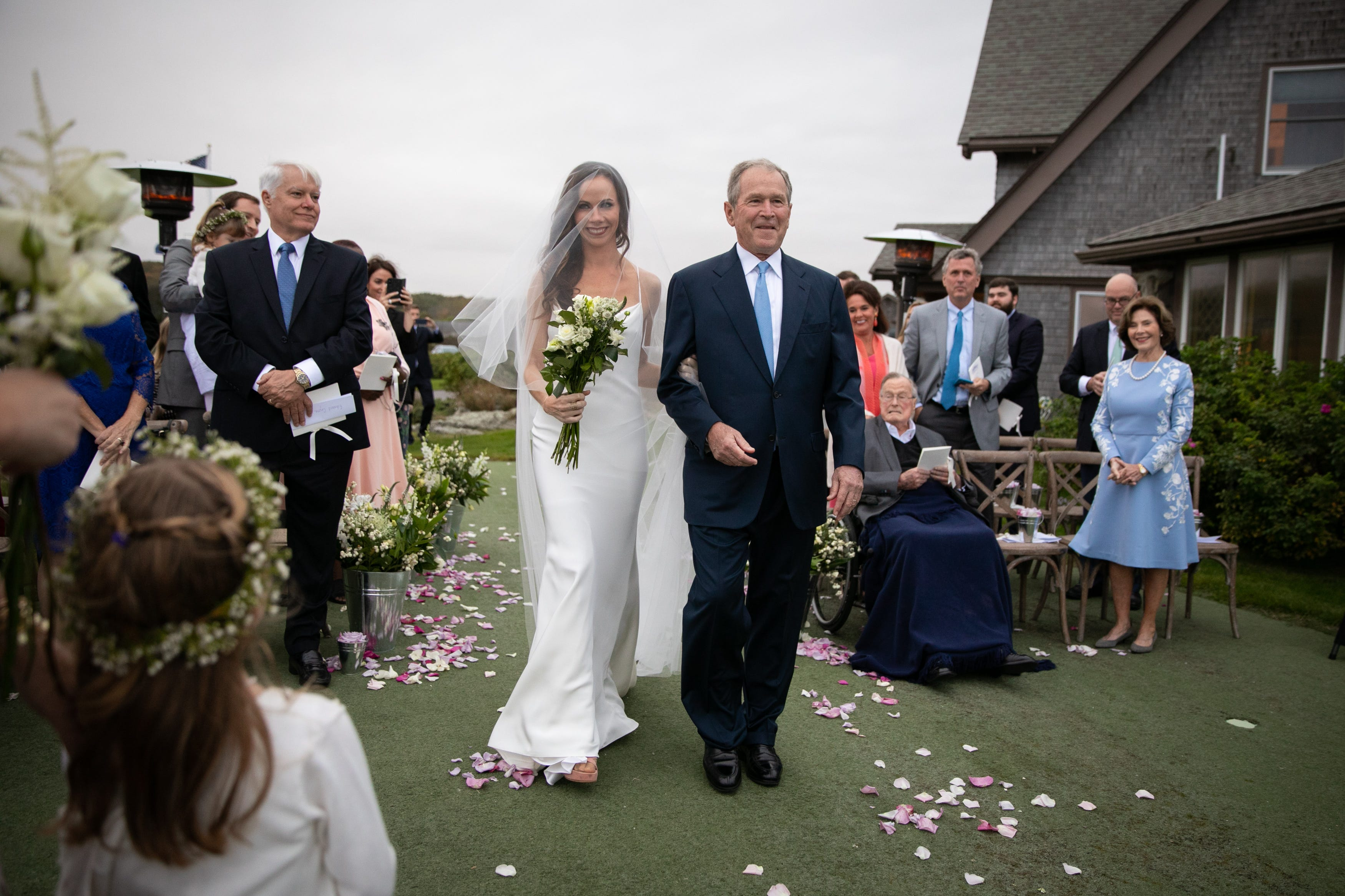 George W. Bush playfully photobombs Jenna Bush Hager and Barbara Bush after wedding