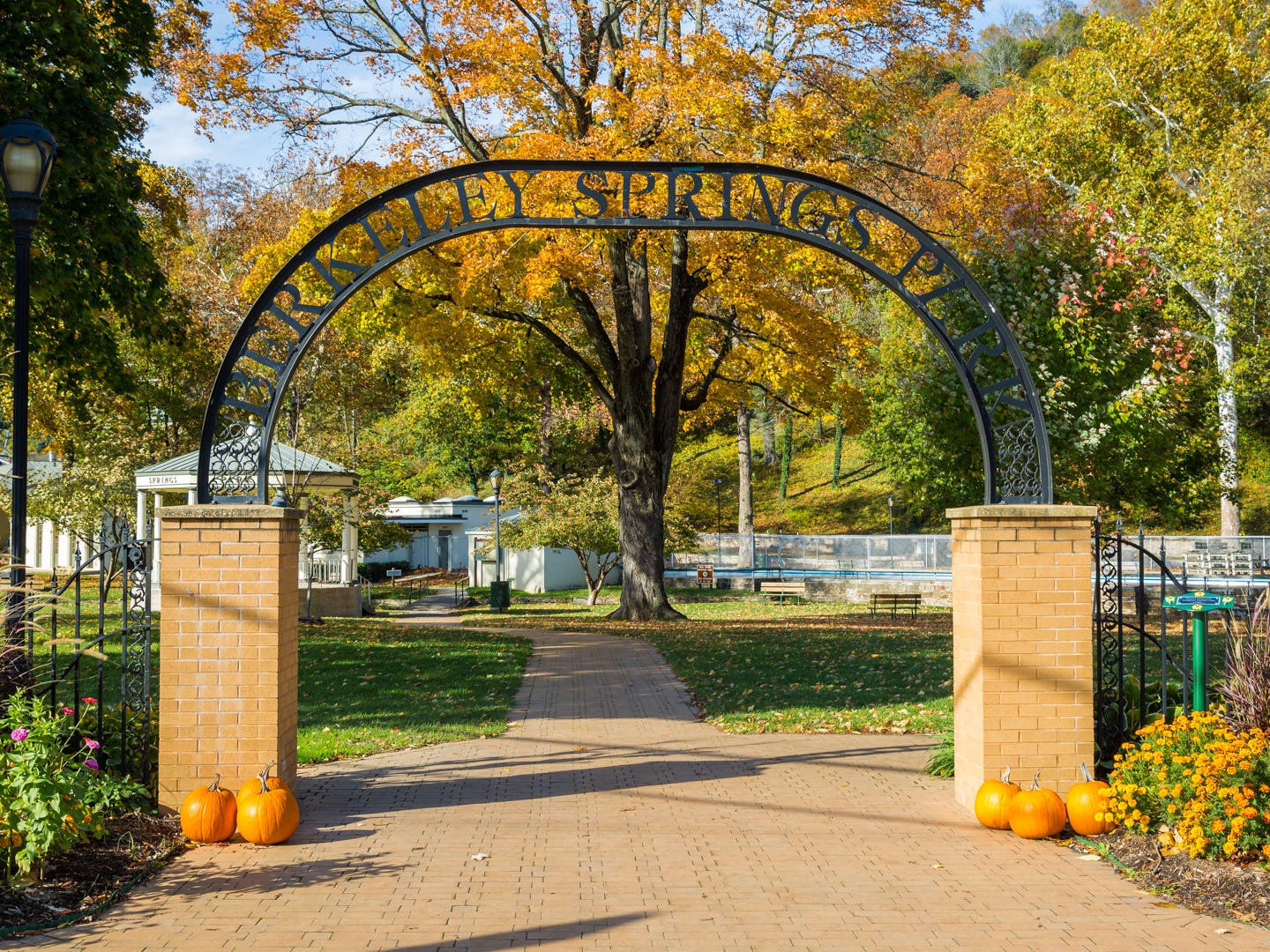 West Virginia: Berkeley Springs is a historic spa town that's just as suited for romantic getaways as it is a family vacation. Get pampered at one of the local spas, browse the shops, check out the local arts, take a dip in the warm springs at Berkeley Springs State Park, go fishing or hiking at Cacapon Resort State Park or feed fish at the Ridge Fish Hatchery. Ridge Fish Hatchery: Free.