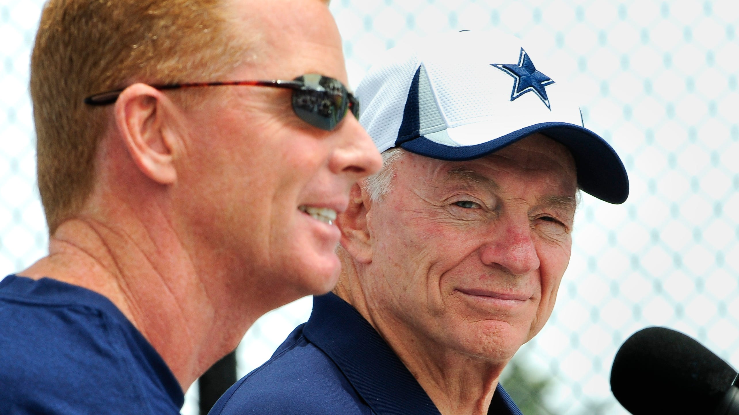 Jerry Jones stumps for Cowboys coach Jason Garrett: 'He is absolutely the real deal'