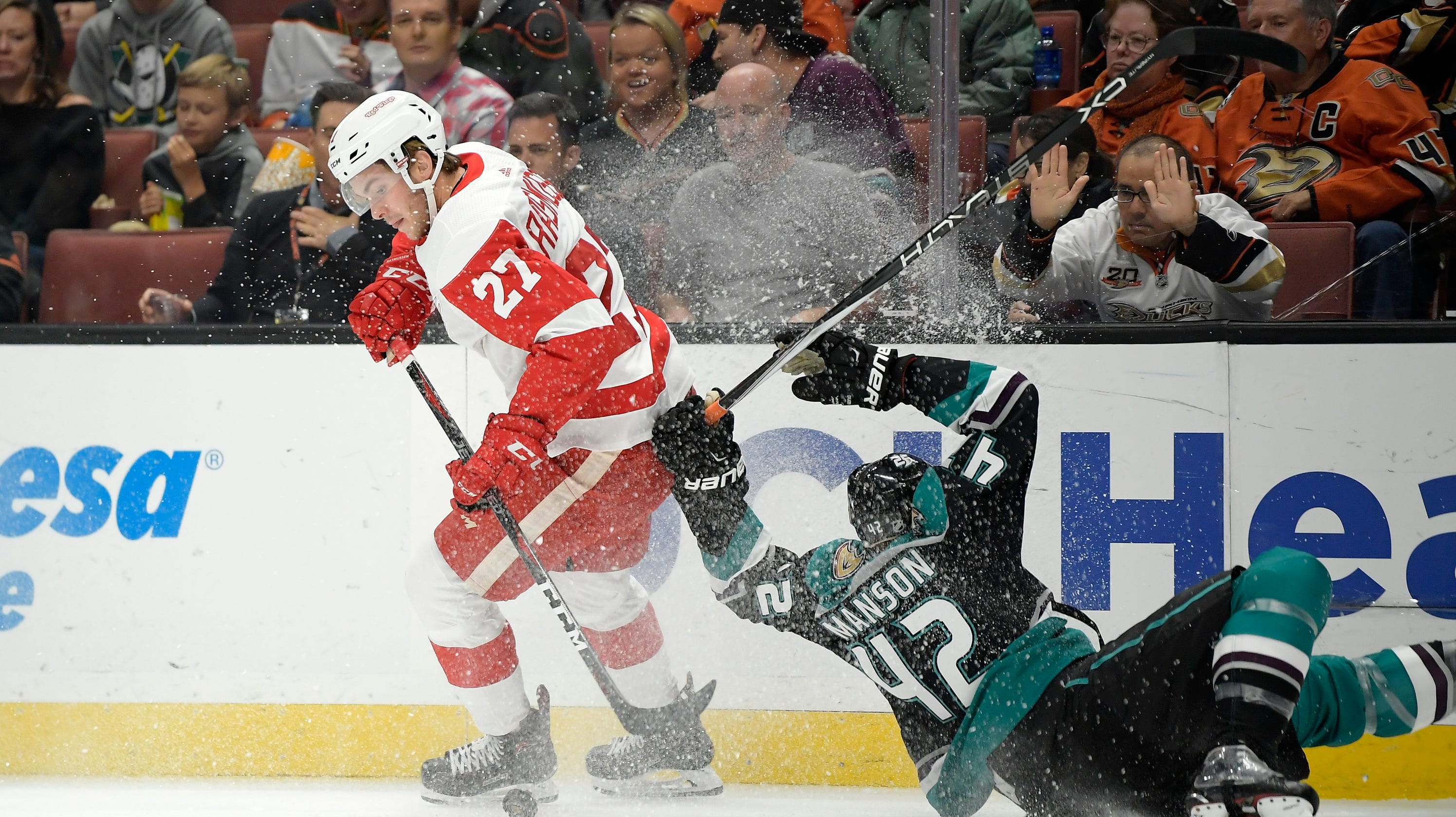 Detroit Red Wings' plan for Michael Rasmussen: Stay in NHL ...