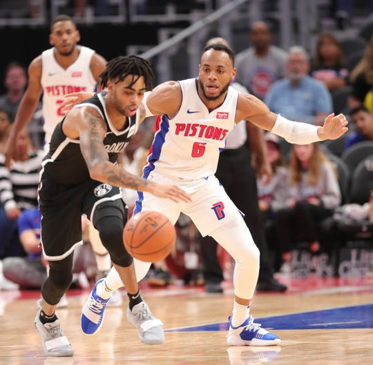 Bruce Brown defends D'Angelo Russell during the fourth quarter.