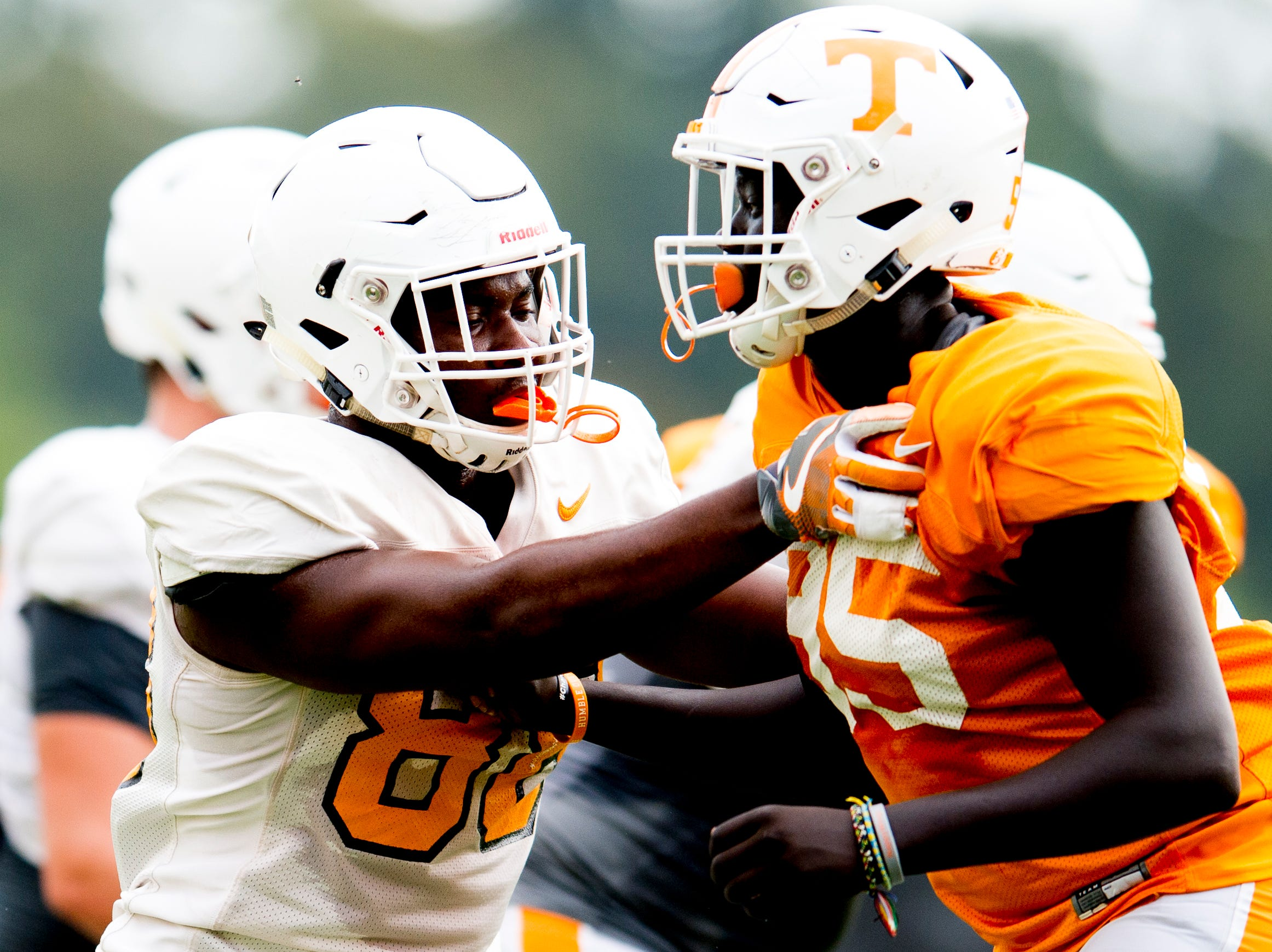 Tennessee tight end LaTrell Bumphus (88) and Tennessee wide receiver Cedric Tillman (85) drill together during Tennessee fall football practice at Haslam Field in Knoxville, Tennessee on Tuesday, October 9, 2018.