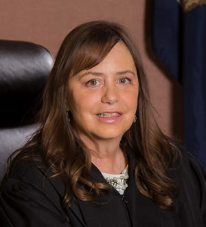 L. Suzanne Geddis has been elected to the Livingston County Circuit Court.