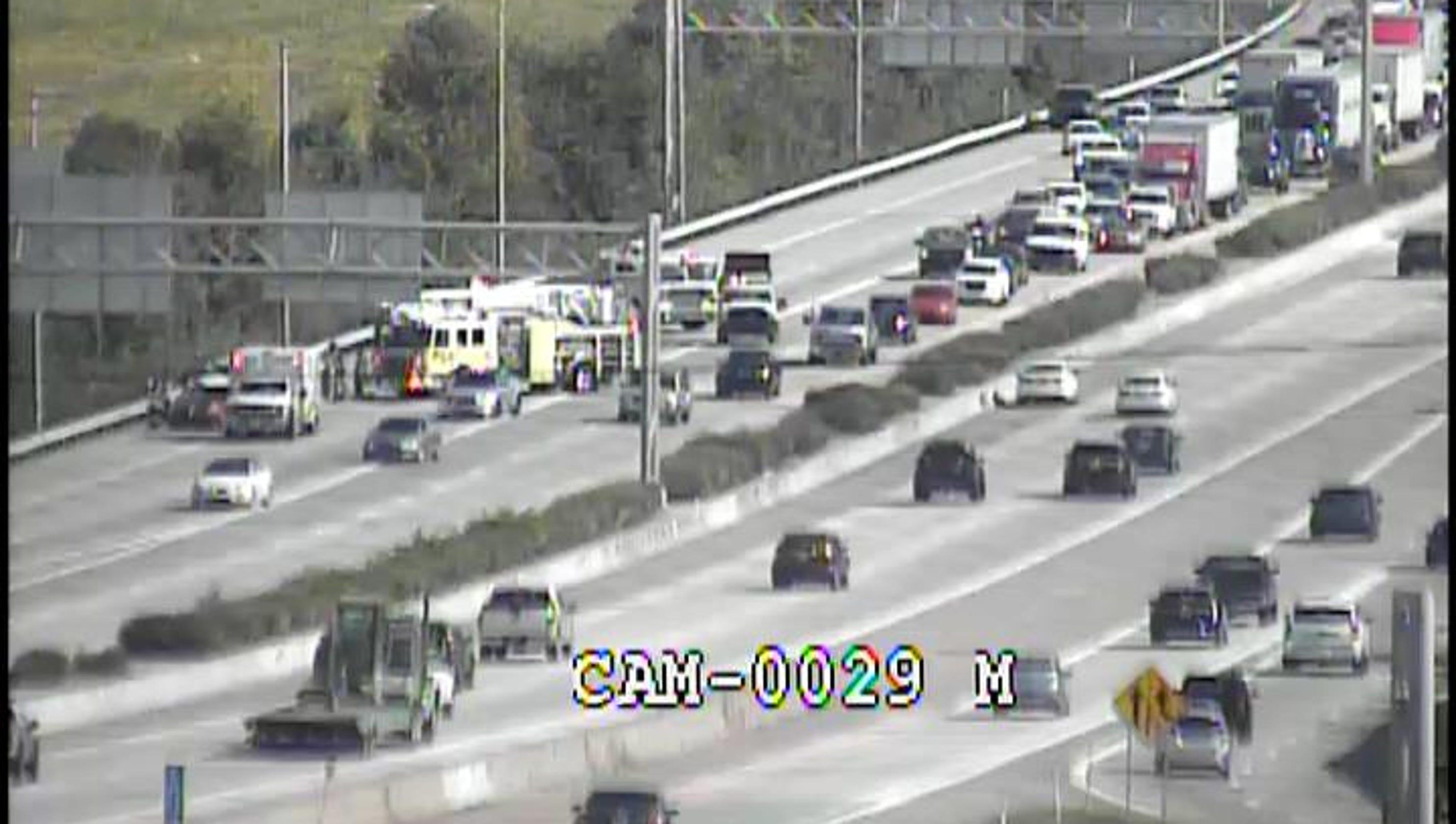 Three-car crash leaves one dead on I-64 near St  Matthews