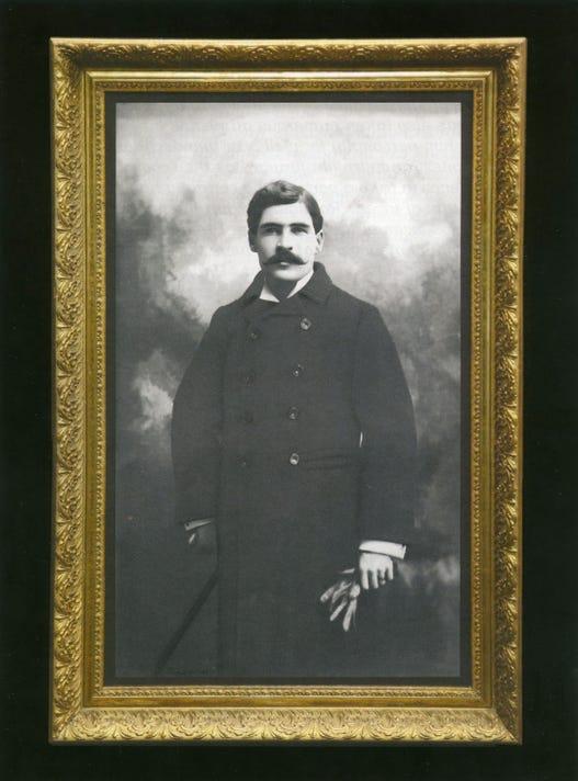 Wyatt Earp001