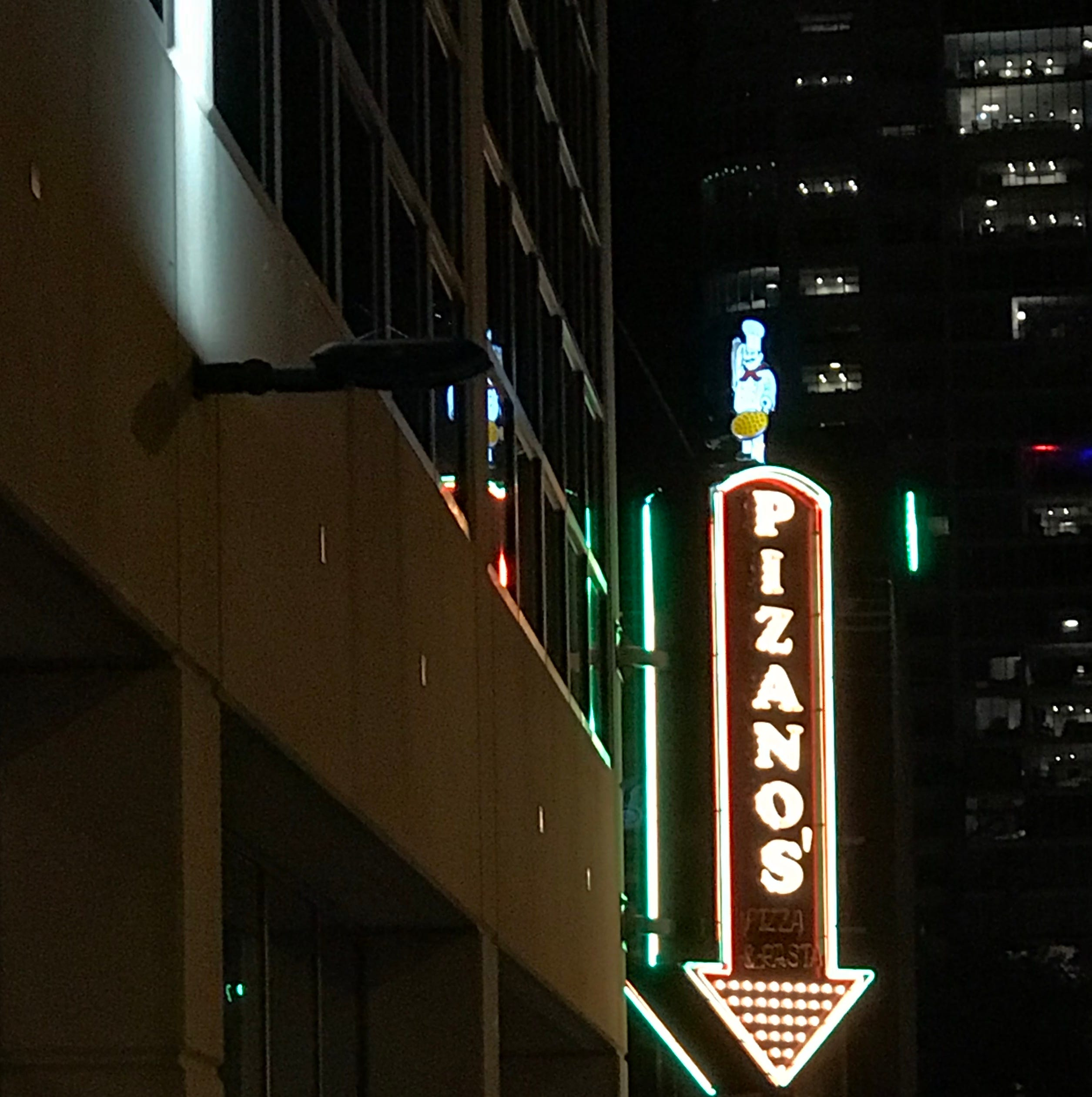 Pizano's Pizza and Pasta is opening downtown for dinner