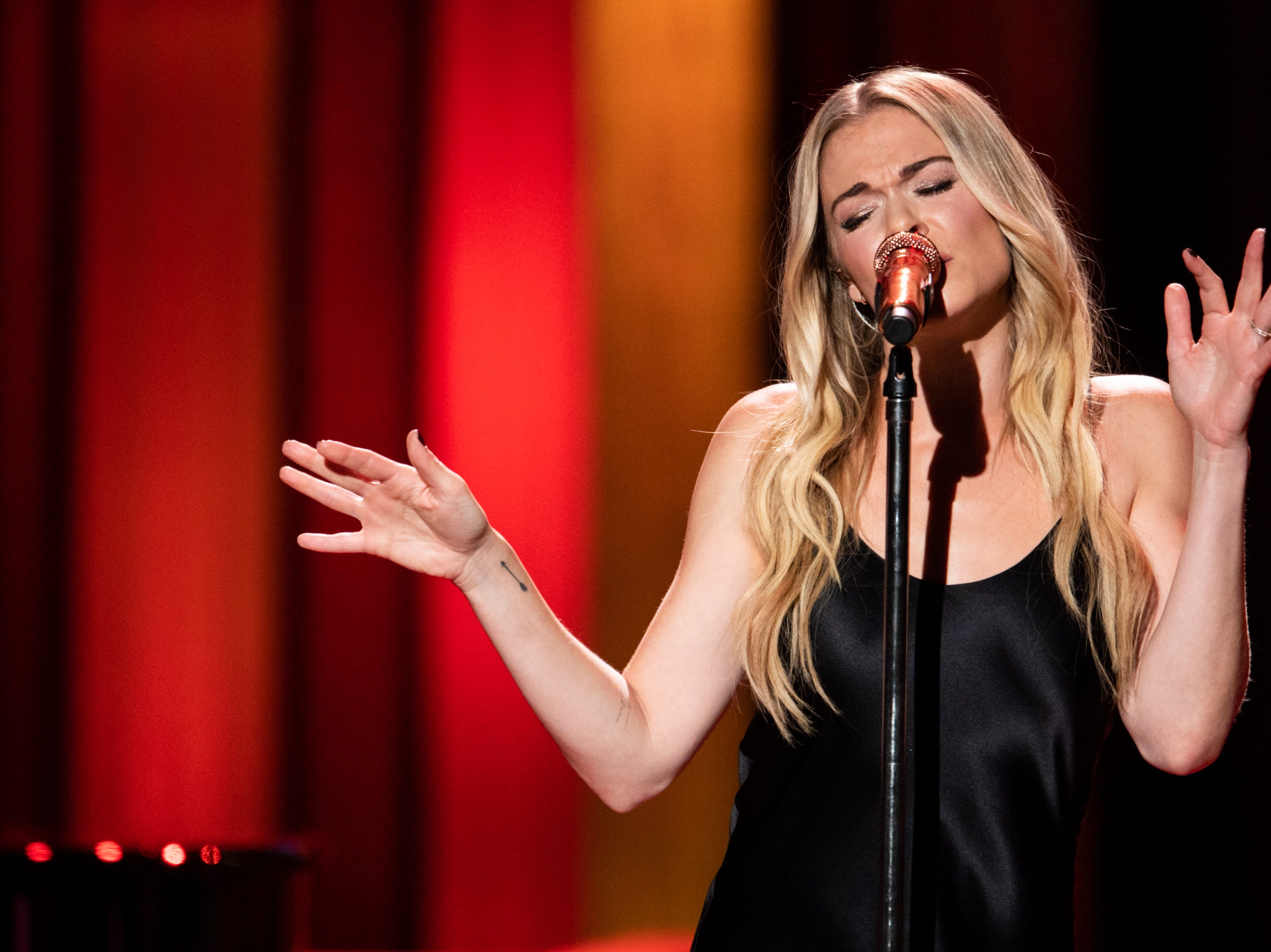 LeAnn Rimes performs during the An Opry Salute to Ray Charles concert at The Grand Ole Opry in Nashville, Tenn., Monday, Oct. 8, 2018.