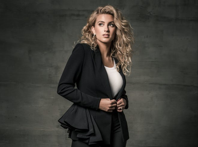 Tori Kelly will perform Tuesday at the 2018 Gospel Music Association Dove Awards at Lipscomb University.