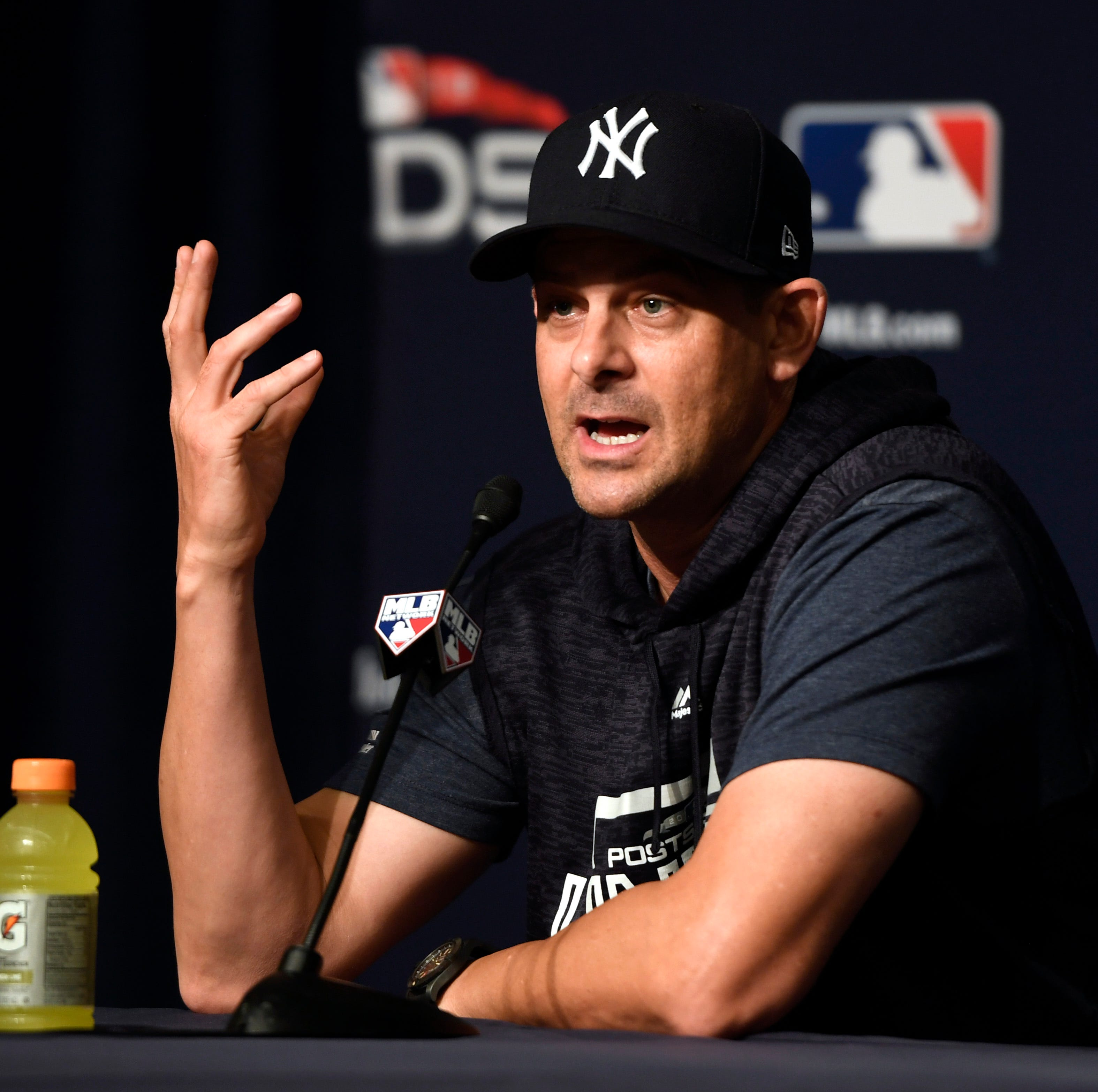 Many blame Aaron Boone, some defend him after Red Sox oust Yankees from MLB postseason