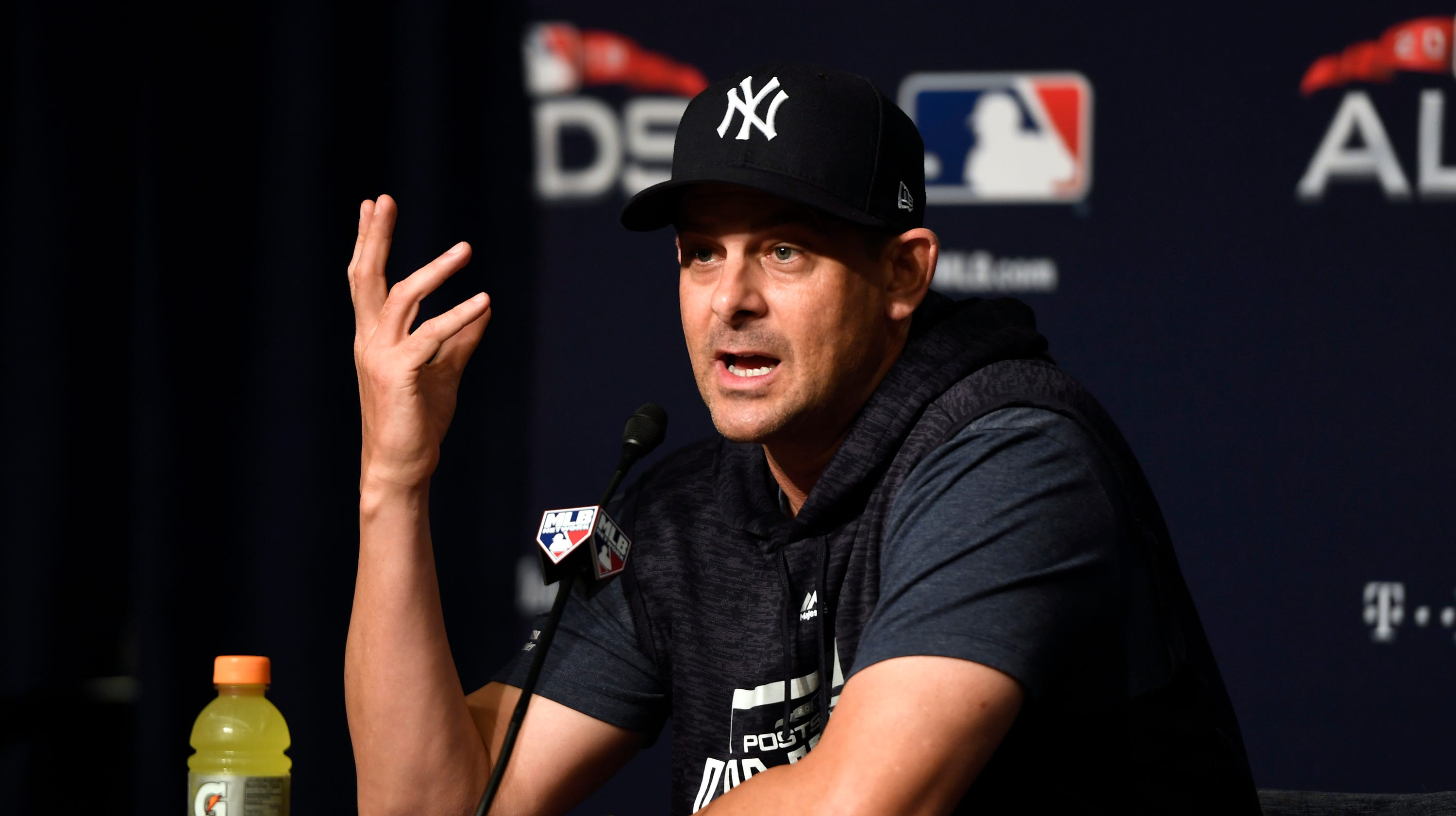 Aaron Boone: Manager blamed by many, defended by some in Yankees' loss