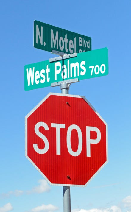 Motel Boulevard Sign