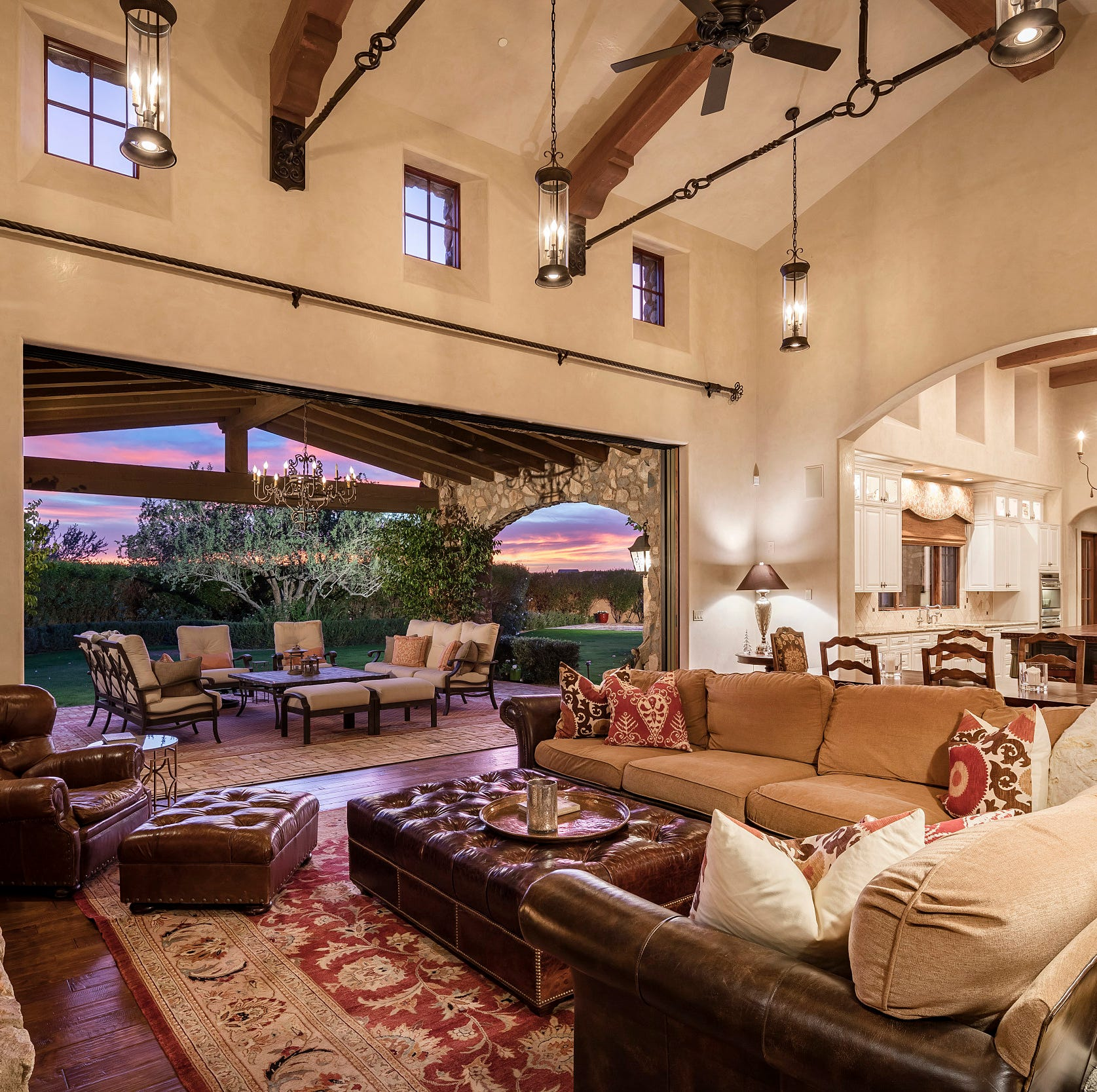 Arizona Coyotes captain buys $3.8M Paradise Valley mansion