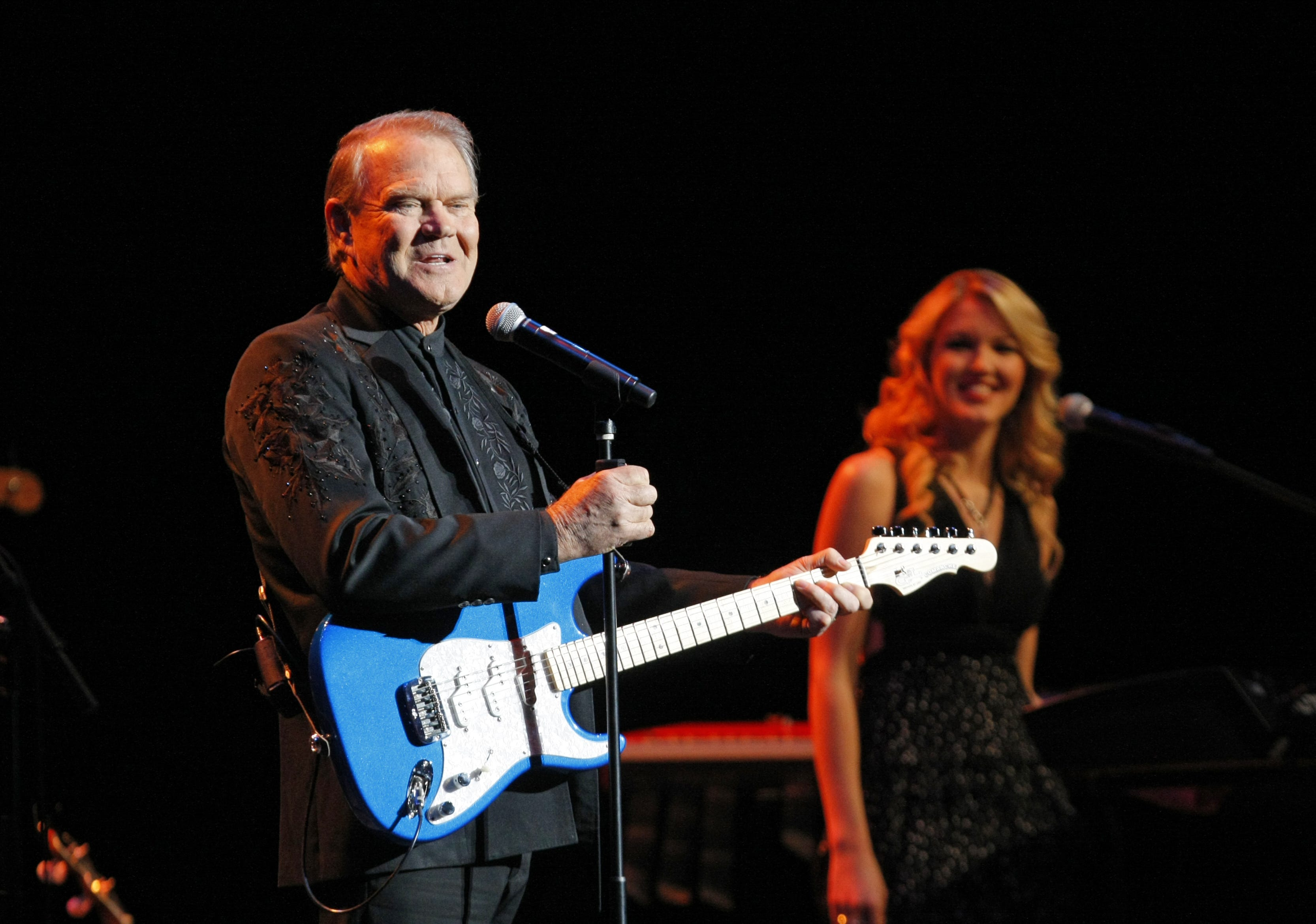 Jeff Dayton s  Salute to Glen Campbell  will relive  a crazy good time  at Phoenix show