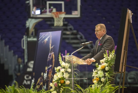 Jerry Colangelo speaks at Connie Hawkins' memorial service held at the Talking Stick Resort Arena on Oct. 18, 2017.