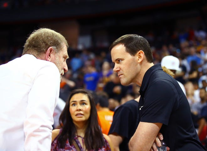 Jul 7, 2018: Phoenix Suns General Manager Ryan McDonough (right) talks with owner Robert Sarver against the Sacramento Kings during an NBA Summer League game at the Thomas & Mack Center.