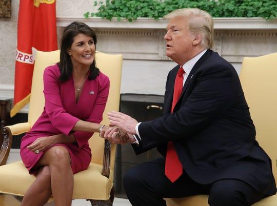 El presidente Donald Trump junto a Nikki Haley. embajadora de Estados Unidos ante la ONU.