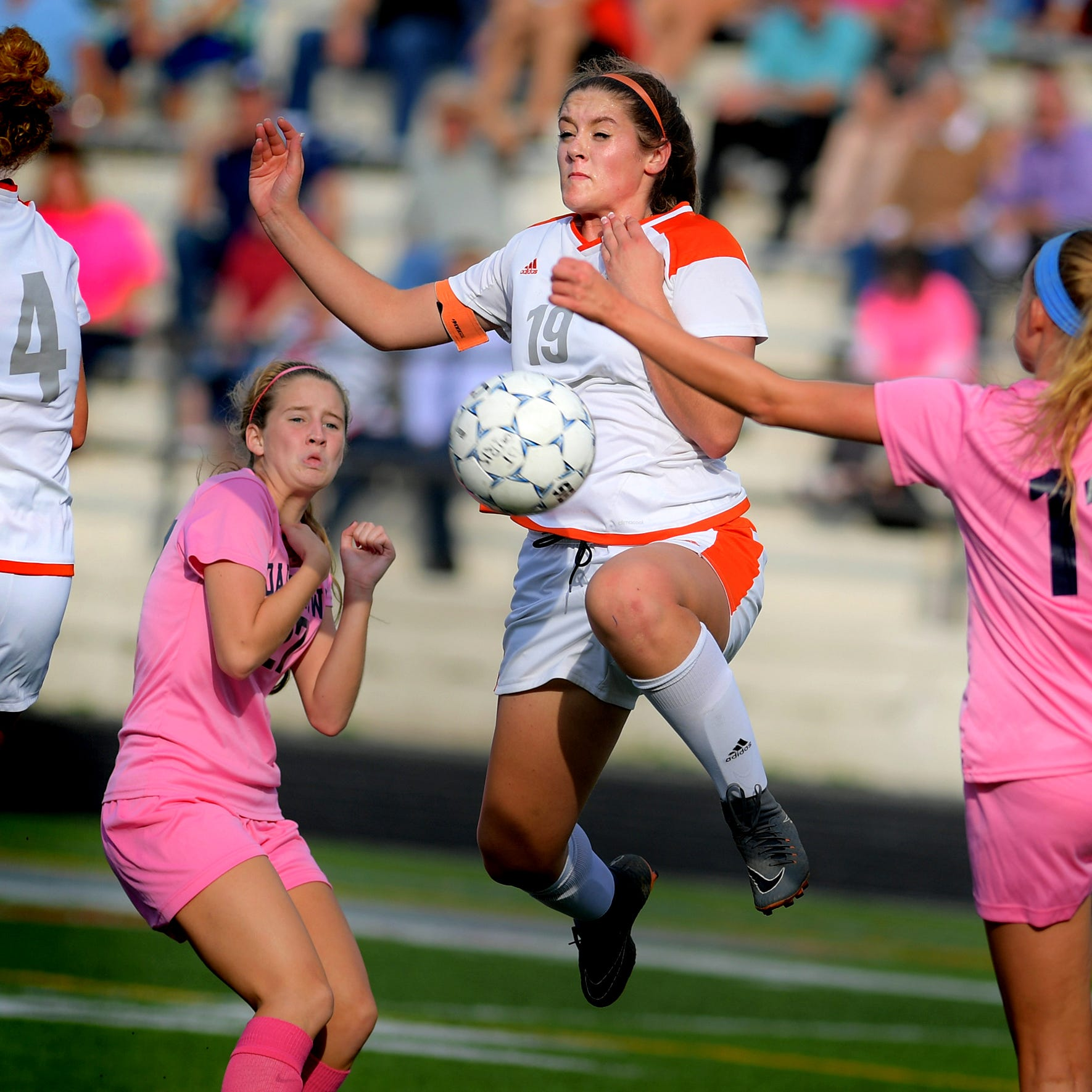 Soccer roundup, Tuesday, Oct. 9: Dallastown girls earn key win during Pink Out game